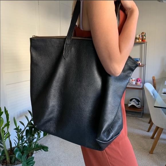 cuyana leather zipper tote